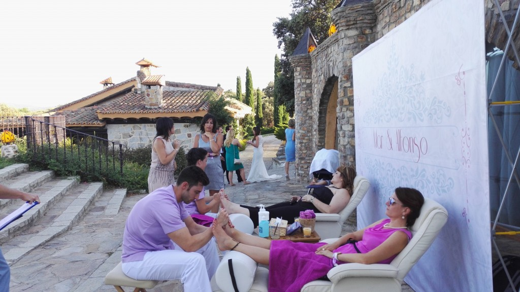 stand de masajes en boda