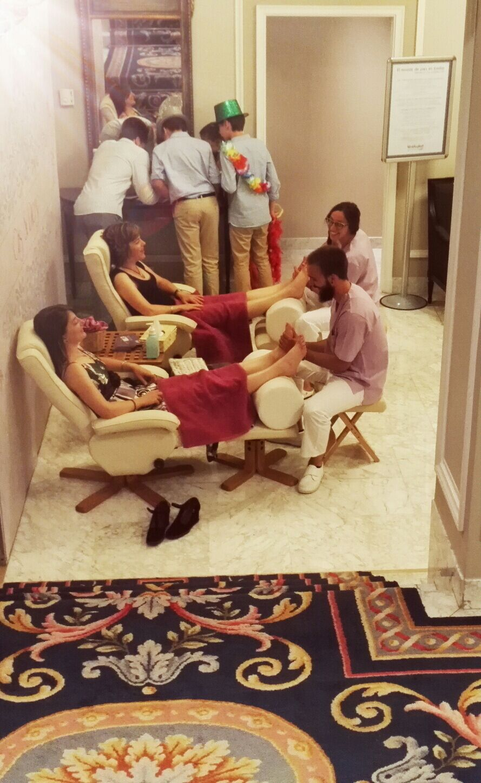 boda divertida stand masajes